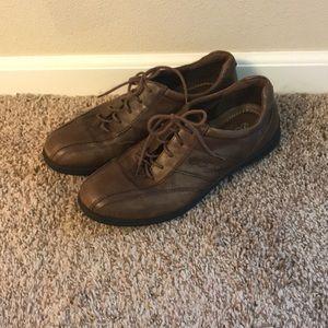 Ecco walking shoes size 39